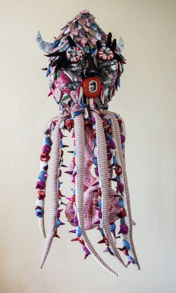 Pieuvre, sculpture textile de Myrtille Béal