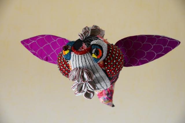 Poisson volant, sculpture textile de Myrtille Béal